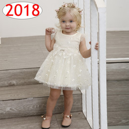 Wholesale Girl Dress Beige - Ins Baby Girls princess party Dresses with bowknot Lace Tutu Bow dress Tulle Flutter sleeve Summer New kids dresses best for 1-6T free