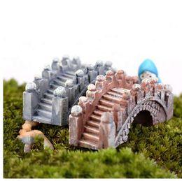 Canada Pont de pierre figurines mini résine artisanat miniatures de jardin de fées bricolage terrarium / plantes succulentes / micro décoration de paysage supplier bridge decorations Offre