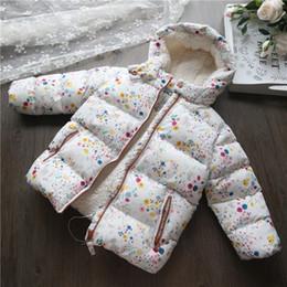 2019 chaquetas de lana para niños 2018 niños abrigo de invierno floral de lana niñas chaquetas abrigos moda cálida niños niñas ropa con capucha chaqueta de bebé prendas de vestir exteriores chaquetas de lana para niños baratos
