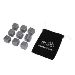 Cubitos de hielo de enfriamiento online-Piedras naturales 9 unids / lote Whiskey Stones Cooler Rock Soapstone Ice Cube Con Velvet Storage Pouch GGA453 120 lot