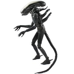 """Wholesale alien movie figure - Free Shipping NECA Official 1979 Movie Classic Original Alien PVC Action Figure Collectible Toy Doll 7"""" 18cm MVFG035"""