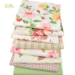 diy rose cloth Promo Codes - Chainho, 8pcs lot, Rose Printed Twill Cotton Fabric,Patchwork Cloth For DIY Quilting Sewing BabyΧldren Sheets Dress Material