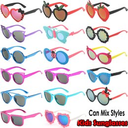 Wholesale Baby Girls Glasses - Hundreds Styles Cute Kids Sunglasses UV400 Lovely Baby Glasses Boys Girls Party sunglasses 5 Styles Various Colors Support Mix Orders