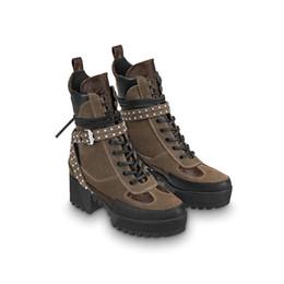 scarpe comode per le signore Sconti 2018 Nuovo marchio di lusso di alta  qualità in pelle 9568ad5353e