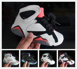 nike air jordan aj7 Bambini all'ingrosso 7 VII Scarpe da basket a buon mercato buona qualità ragazzo ragazza 7S in vendita bambini Sport scarpe in pelle ragazzi nuove scarpe da basket cheap good quality wholesale shoes da pattini all'ingrosso di buona qualità fornitori