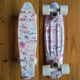 2019 mini tabla larga CHI YUAN Pine Tree Gráfico Gráfico Impreso plástico Mini Cruiser Skateboard 22