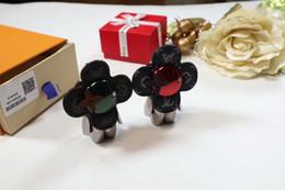 junge schlüsselanhänger großhandel Rabatt mode hot schlüsselanhänger luxus schlüsselanhänger leder top qualität niedlichen schlüsselring kalbsleder metall portachiavi mit exquisite verpackung geschenkbox