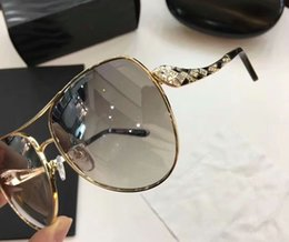 Wholesale Rc Boxes - Luxury Roberto RC 920S Gold Gray Snake Sunglasses with stones Women Fashion Brand Sunglasses New with Box