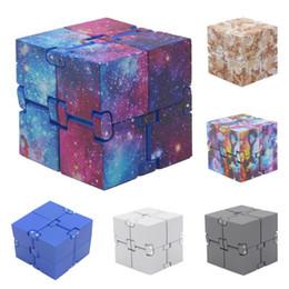 Canada Infinity Cube 2 Creative Fidget Cube Bureau Spin Magique Cubes Stress Relief Bureau Spin Jouets Chritmas Cadeaux Pour Enfants Offre