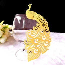 Vino di pavone online-Peacock Card Rifornimenti per feste Bicchieri per vino in vetro Decorazione per matrimoni Laser Cut Escort Coppa Tricks Craft Table Decor Baby Shower