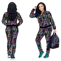 4ec57022798 Chaquetas de manga larga con estampado de letras de invierno Otoño  chaquetas de manga larga pantalones largos de dos piezas conjuntos trajes  de moda Club de ...