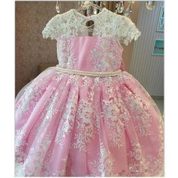 Wholesale Classy Wedding Dresses Sleeves - Classy Pink Pearls Lace Ball Gown Flower Girls Dresses For Wedding Appliques Birthday Gowns Floor Length Tulle First Communion Dress