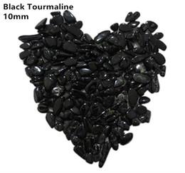 C06 200 г 10 мм натуральный черный турмалин камень грубый чипсы Аквариум драгоценные камни кристаллы кварц сад фонтан Аквариум от
