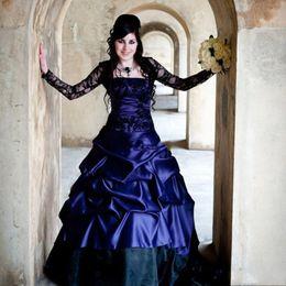 plus größe korsett kleider lila Rabatt Einzigartige viktorianische Gothic Langarm Brautkleider Sexy Lila und Schwarz Rüschen Satin Korsett Strapless Lace Plus Size Brautkleider
