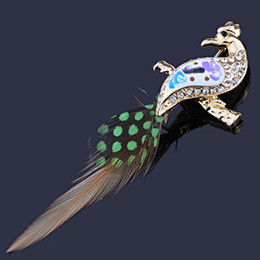 Wholesale Unique Peacock - FARLENA Jewelry Unique Peacock Shaped Brooch pins Fashion Feather Rhinestones Brooches for Women
