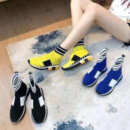 calcetines de estilo de zapatos Rebajas Zapatos de calcetín 2019 Zapatos de diseño Nuevo estilo Zapato informal barato Zapatillas de deporte Speed Trainer Zapatillas de deporte Speed Trainer Calcetines de carrera