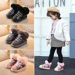 boné de neve bebê Desconto Sapatos de bebê Venda Quente Austrália Crianças Botas de Neve Crianças À Prova D 'Água Slip-on Reais Botas de Algodão Quente De Pele Meninos Meninas Shell Toe Cap Botas de Inverno