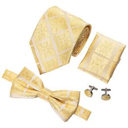 2019 cravatta cravatta Mens di lusso cravatta cravatta a farfalla di seta tessuto con fazzoletti polsini abito da sposa moda spedizione gratuita 2018 nuovi prodotti LH-714 D-1036 sconti cravatta cravatta