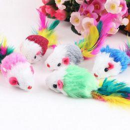 brinquedo colorido do gato do rato Desconto 10 Pcs Engraçado Velo Macio Rato Falso Gato Brinquedos Coloridos Pena Jogando Brinquedo Do Gatinho Cor Aleatória