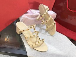 Wholesale high heels diamond - 2018 Designer High Quality Diamond Women High Heels Party Casual Fashion Girls Sexy Pointy Shoes Dance Shoes Wedding Shoes Sandals Free Shi