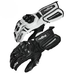 Guantes blancos de moto online-Fibra de carbono Guantes de moto Guantes de cuero Hombres Ciclismo Carreras Guantes Moto Moto Luvas con fibra de carbono negro blanco