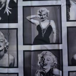 Tende decorative online-Schermi da bagno in poliestere impermeabili, provvisti di calandre decorative per bagno, con motivi marilyn Monroe, 180x180 / 200 cm