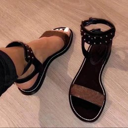Wholesale popular flat sandals - 2018 Popular Summer Luxury Ladies Canvas Gladiator Style Flat Black Gold Rivet Ms. Swimsuit Sandals Party Sexy Shoes Wild Free Shipping