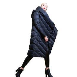 2018 Winter neue Mode Frauen Down Frauen lange Kapuze Daunenjacke beiläufige weibliche Wurm Bettdecke Daunenmantel Oberbekleidung von Fabrikanten