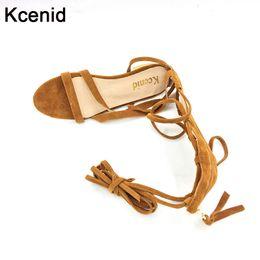 2019 zip dimensioni Kcenid big size 33-43 nuove scarpe da donna sandali lace up sexy stivali alti al ginocchio zip cravatta gladiatore casual scarpe casual progettista zip dimensioni economici