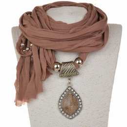 Wholesale Big Pendent - 2018 Spring New Women's Accessory Scarves Ethnic Big Size Pendent Scarf Necklace Winter Tassels Shawl Warm Wrap Female Bufandas