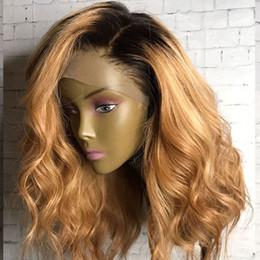 Ombre Blonde Volle Spitze Echthaar Perücken mit schwarzen Wurzeln 1b / 27 # Pre Gezupfte Lace Front Brasilianische Remy Haar Perücken für Schwarze Frauen von Fabrikanten
