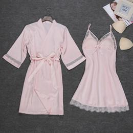 Kimono de encaje rosa online-Nueva Bat Sleeve Sleepwear Pink Nightgown novia de la boda Dama de honor Summer Women Sexy Lace Intimate Lingerie Kimono Albornoz M-XXL