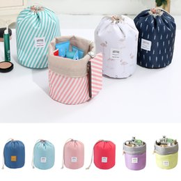 Korean elegant large capacity Barrel Shaped Nylon Wash Organizer Travel Dresser Pouch Cosmetic Makeup Storage Bag For Women