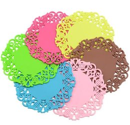 Copo de doily on-line-20 pçs / set Cup Pad Flor Oco Doilies Silicone Coaster Mesa De Café Cup Mats Pad Placemat Acessórios de Cozinha Cozinhar Ferramentas