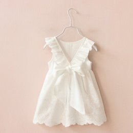 Wholesale Cheap Baby Girl Cotton Dresses - 2018 Ins Baby Girls Todder Dress Embroidererd White Lace Dresses Peter pan collar Back Bow V neck 100%cotton Summer Cheap wholesale 1T-6T