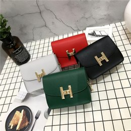 Wholesale Simple Korean Girls - woman messenger chain bag 2018 new trend women handbags fashion simple flap retro Korean version shoulder bag Free shipping