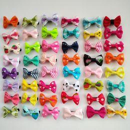 100 Adet / grup Toptan el yapımı renkli mix küçük yaylar Köpek Yavru kedi Pet Bow Tokalar Saç Klipler Bakım barrette Giyim aksesuarları PD034 nereden