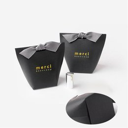Wholesale wholesale party food boxes - Fold Gift Boxes Gilding Fashion No Ribbon French Thanks Merci Box Paper Bag Wedding Favors Party Gifts 0 42hb UU