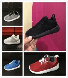 c878f3bd16e23 nike roshe run rosherun Chaussures de course pour enfants Chaussures de  running ultra légères pour garçons