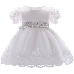 Vêtements blancs pour le baptême en Ligne-2018 bébé fille robe dentelle blanc robes de baptême pour les filles 1ère année anniversaire fête de mariage baptême bébé vêtements pour bébés