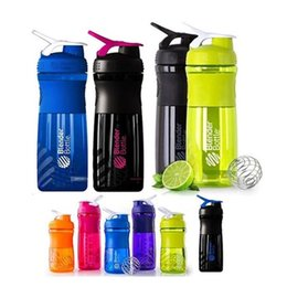 Wholesale Colourful Men - Colourful Portable Mug Creative Plastic Protein Shaker Cup Men And Women Outdoor Sports Water Bottle Leak Proof 10jy C