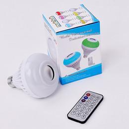 Telecomando a buon mercato bluetooth online-Economici E27 Smart RGB senza fili Bluetooth Speaker Bulb Musica Riproduzione di Dimmable LED RGB Music Light Lampadina con 24 tasti di controllo remoto