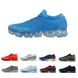 premium selection abc83 d8939 2018 New VaporMax Men Running Shoes For Men Zapatillas de deporte de tejer  a la moda entrenadores al aire libre Athletic basketball Sport Shoes Vapor  maxes ...