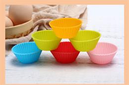 queque muffin panelas Desconto Silicone Bolo De Cozimento Moldes 7 cm Rodada Shaped Jelly Mold Silicone Queque Pan Muffin Cup Partido Acessório Baking Mold