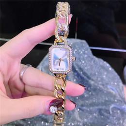 designer prata diamante senhoras assistir Desconto Luxo New Women Watch Com Diamantes de luxo Designer Rose / ouro / prata Senhoras Moda de Luxo Relógio De Quartzo Strass Relojes De Marca Mujer