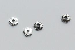 Livraison gratuite bricolage nouveau style 6mm 2 couleurs en option 120 pcs / lot perles perles réceptacle bricolage bijoux faits main accessoires perle capuchon en gros ? partir de fabricateur