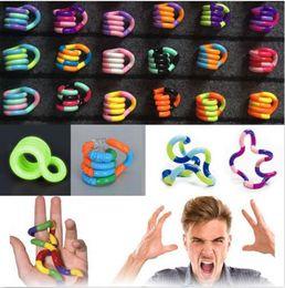 Wholesale anti ring - Fidget Fiddle Adult Anti Stress Hand Sensory EDC Decompression twisted winding toys Finger Dexterity Training Toy Twisted Ring KKA5011