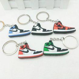 Sapatos de simulações on-line-5 pçs / lote simulação Criativa 4.5 * 3 cm de Borracha sapatos Encantos Cabide Pingente Chaveiro 3D Chaveiros, acessórios do Saco Do carro