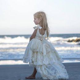 vestidos flor menina marfim camada Desconto Alta Baixa Flor Menina Vestidos de Marfim Para Camadas de Casamento Rendas Pérolas Fita 2019 Pageant Primavera Crianças Primeira Comunhão vestido de Praia
