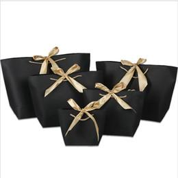 bolsas de papel de regalo asas de navidad Rebajas 21x7x17cm bolsa de papel de colores con asa, lazo lindo, cinta negra, bolsa de regalo para la fiesta de Navidad